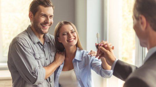 Acquérir une nouvelle maison avec l'aide d'un courtier !